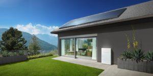 Tesla sagsøgt: Billede af Tesla solcellepaneler på tag